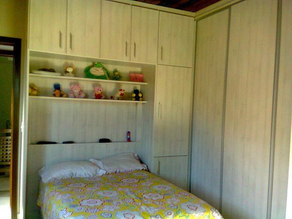 Armario Solteiro : Armario embutido na cor rovere sereno com cama de solteiro